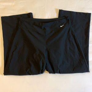 Nike DRI-FIT Capri Workout Pants